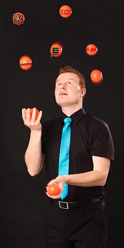 Tim Jantzen kann auf einige Jahre Erfahrung als Zauberkünstler zurückblicken. Hier finden sie seine Referenzen